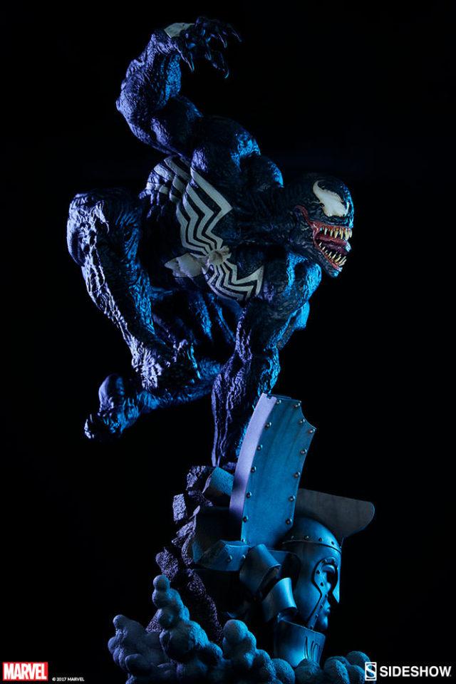 Sideshow Venom Premium Format Figure Statue