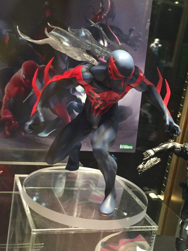 Toy Fair 2017 Kotobukiya Spider-Man 2099 ARTFX+ Statue