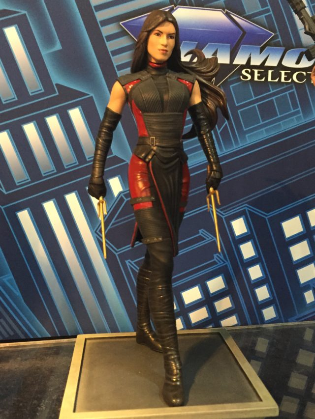 2017 Toy Fair DST Marvel Gallery Elektra Statue