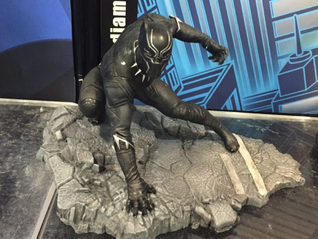 New York Toy Fair 2017 Diamond Select Marvel Gallery Black Panther Figure