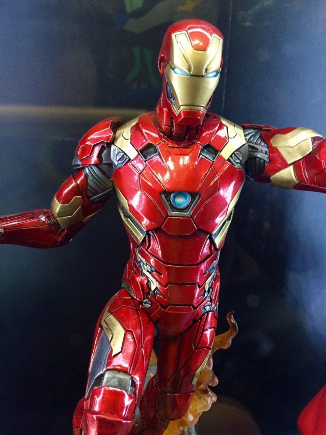 Diamond Select Toys 2017 Toy Fair Civil War Iron Man Statue