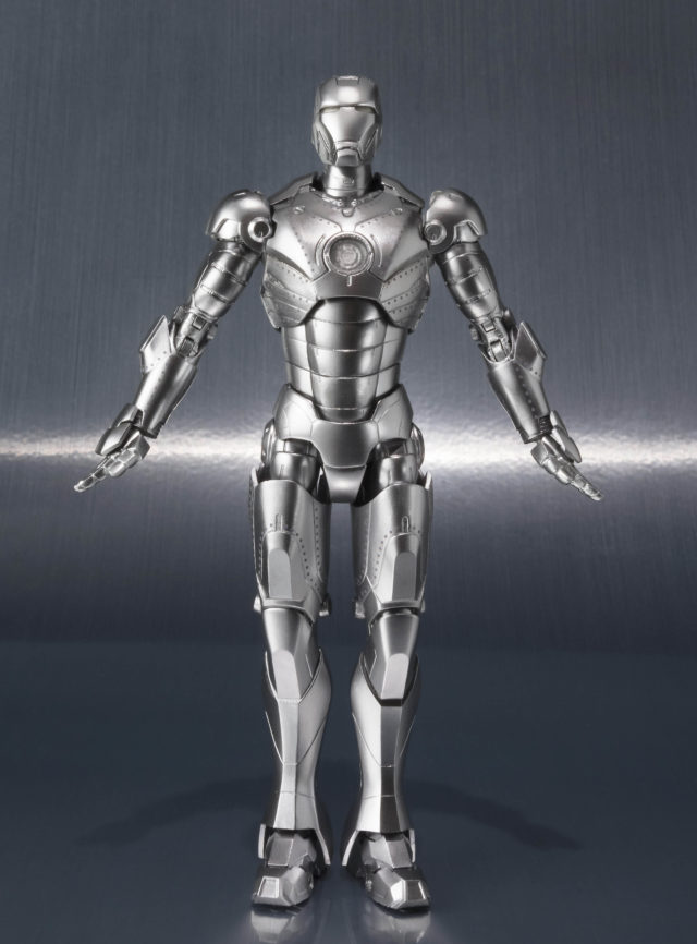 Figuarts Iron Man Mark II Flying