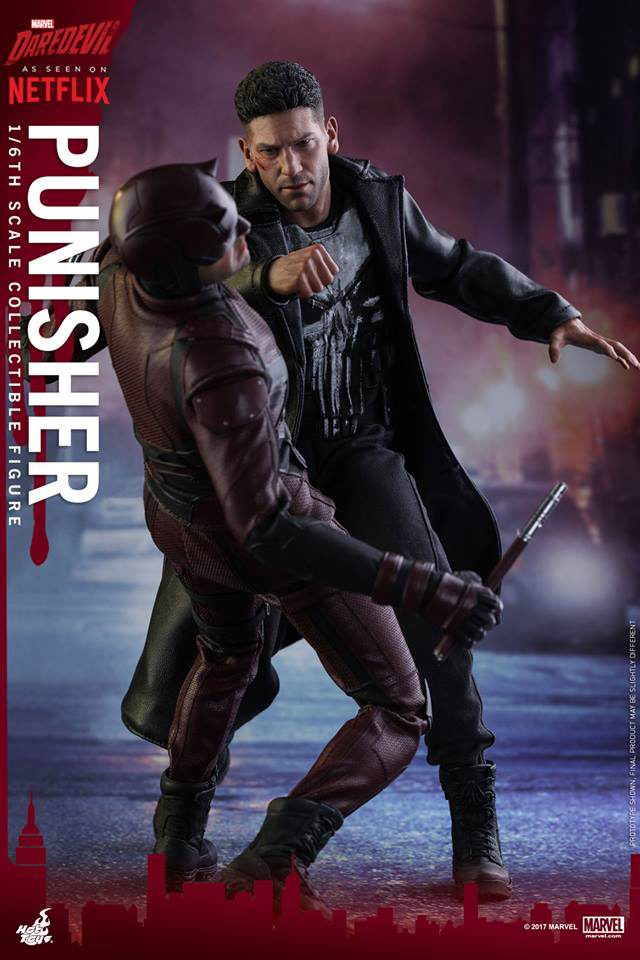 Hot Toys Netflix Punisher Figure Punching Out Daredevil