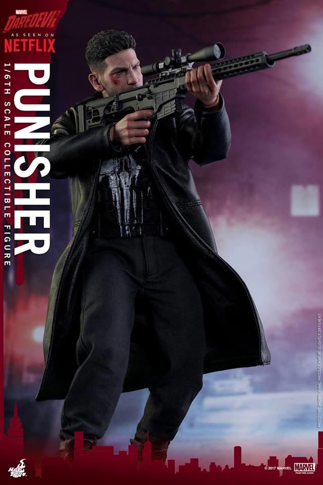 Hot Toys Netflix Punisher Movie Masterpiece Series Figure Holding Sniper Rifle