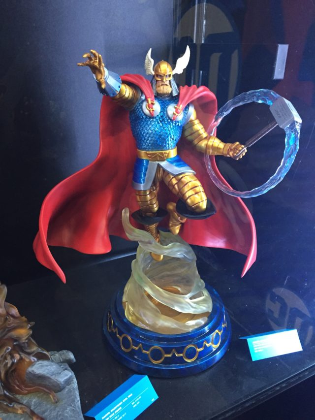 New York Toy Fair 2017 DST Thor Statue Marvel Milestones
