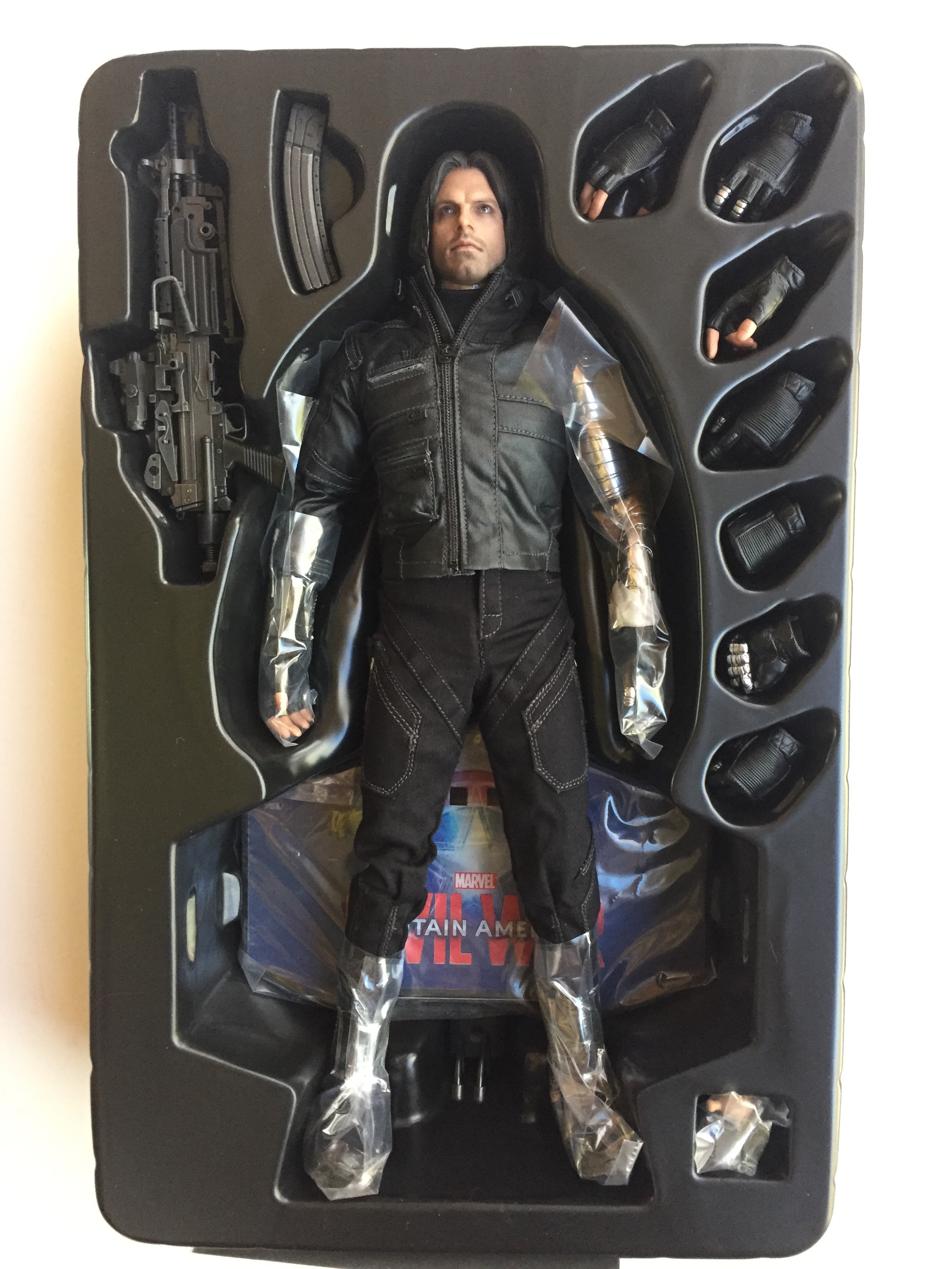 Toys For Winter : Hot toys civil war winter soldier figure review mms
