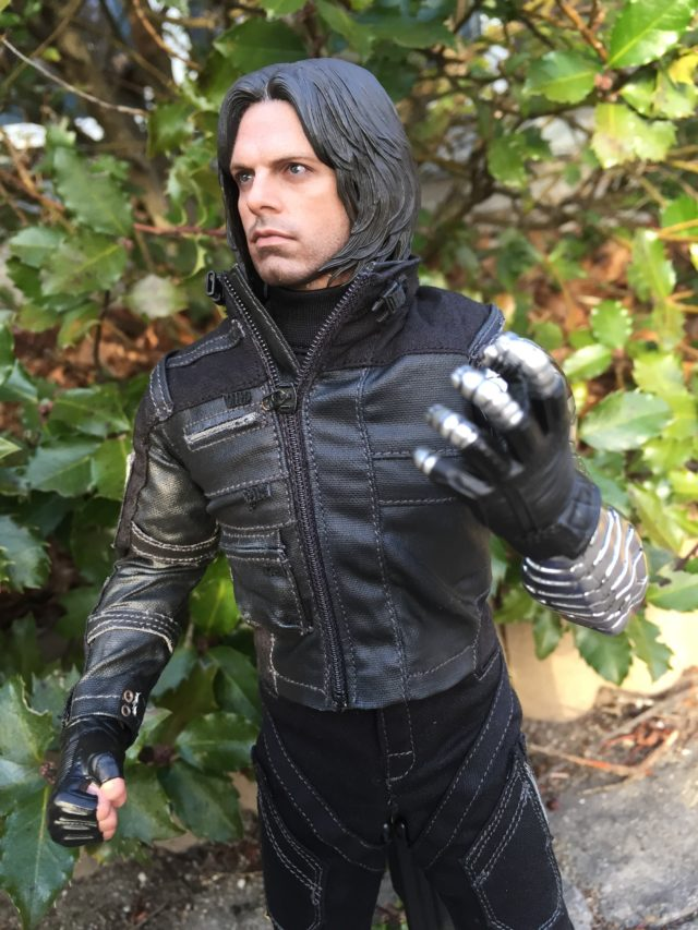 Hot Toys Civil War Bucky Figure Review Photos