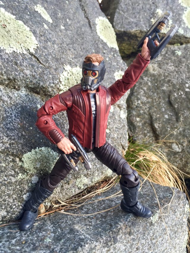 Marvel Legends GOTG 2 Star-Lord Holding Blasters