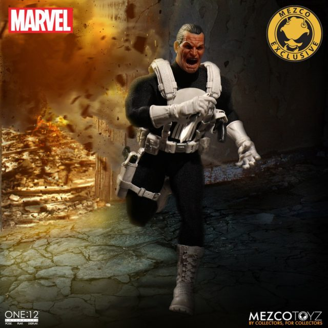 Mezco Marvel ONE 12 Collective Classic Punisher Figure Running