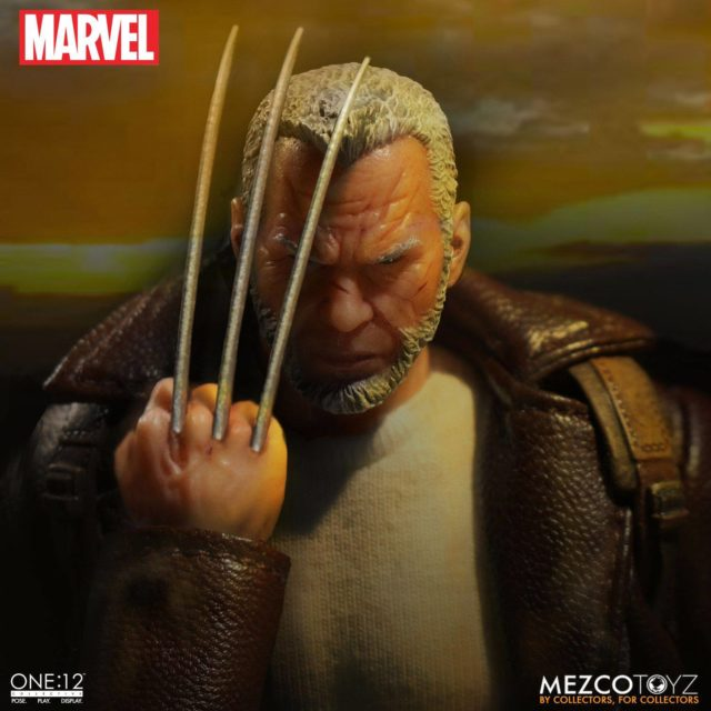 Old Man Logan Mezco Figure Holding Up Claws
