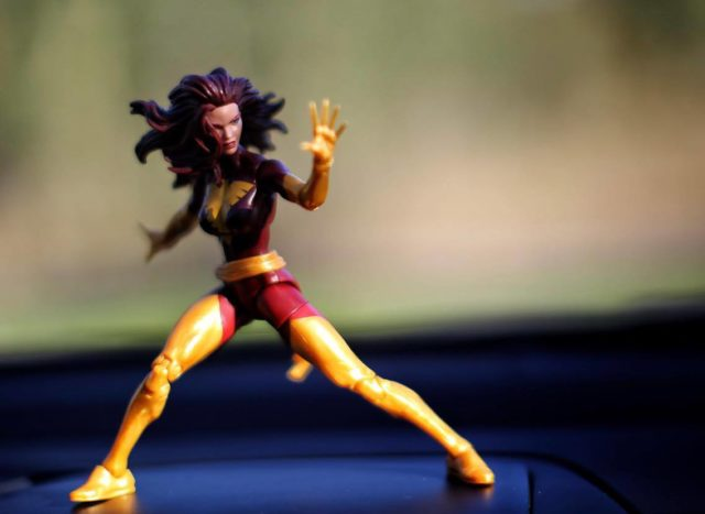 Dark Phoenix Jean Grey Marvel Legends Toys R Us Exclusive Figure