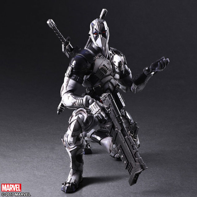 Square-Enix Play Arts Kai Marvel X-Force Deadpool Action Figure
