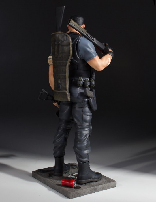 Back of Punisher Gentle Giant Marvel Statue 10 Inch