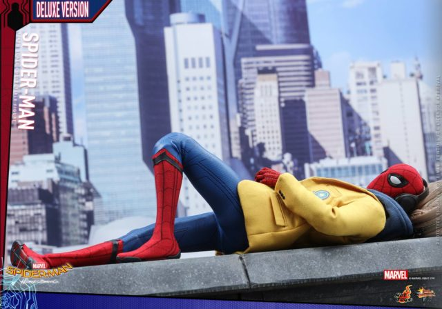 Hot Toys Deluxe Spider-Man Homecoming Figure Laying on Ledge in Blazer