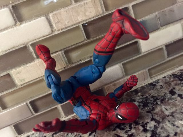 Spider-Man Homecoming Marvel Legends Web Wings Spider-Man Articulation