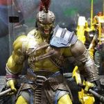 SDCC 2017: Hot Toys Gladiator Hulk & Thor Ragnarok Loki!