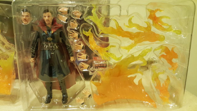 Doctor Strange SH Figuarts Figure and Accessories