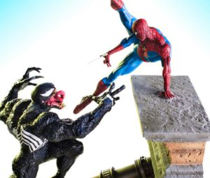 Iron Studios Spider-Man vs. Venom Statues