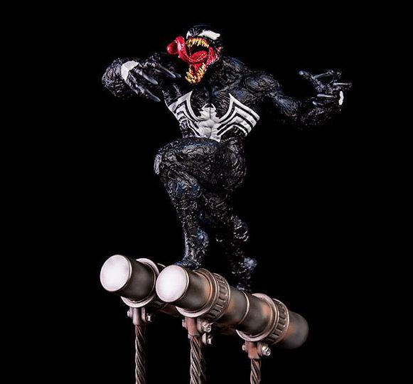 Iron Studios Venom Battle Diorama Series Statue