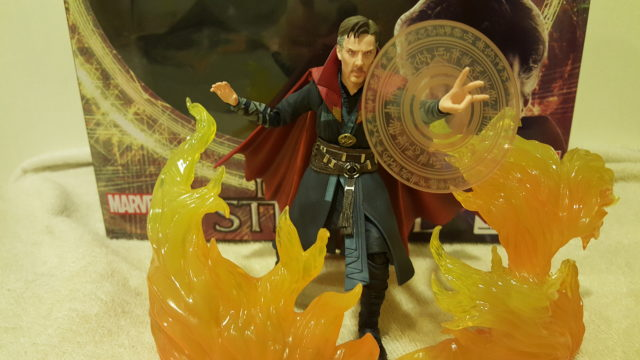 S.H. Figuarts Doctor Strange Figure in Flames