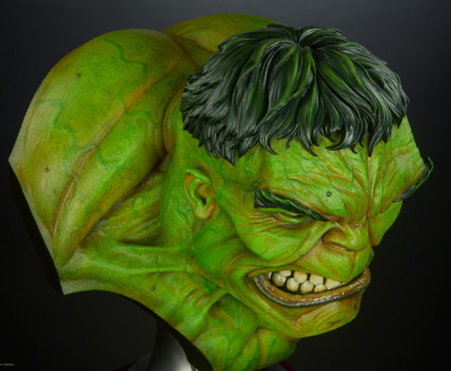 Sideshow Collectibles Hulk Life Size Bust Overhead View of Hair