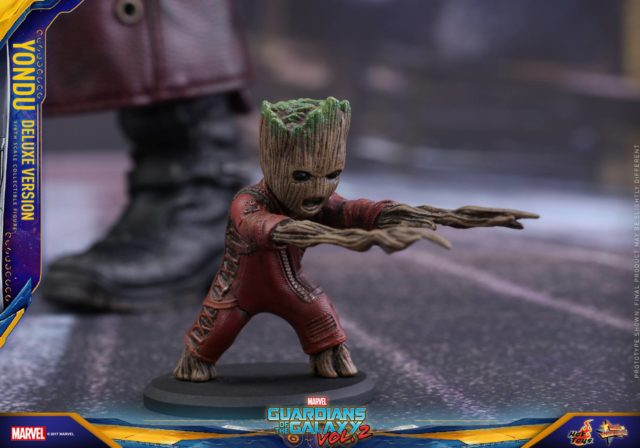 Hot Toys Baby Groot Attack Groot Figure with Yondu MMS