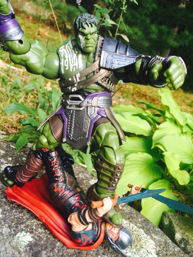 Marvel Legends Gladiator Hulk BAF Crushes Thor