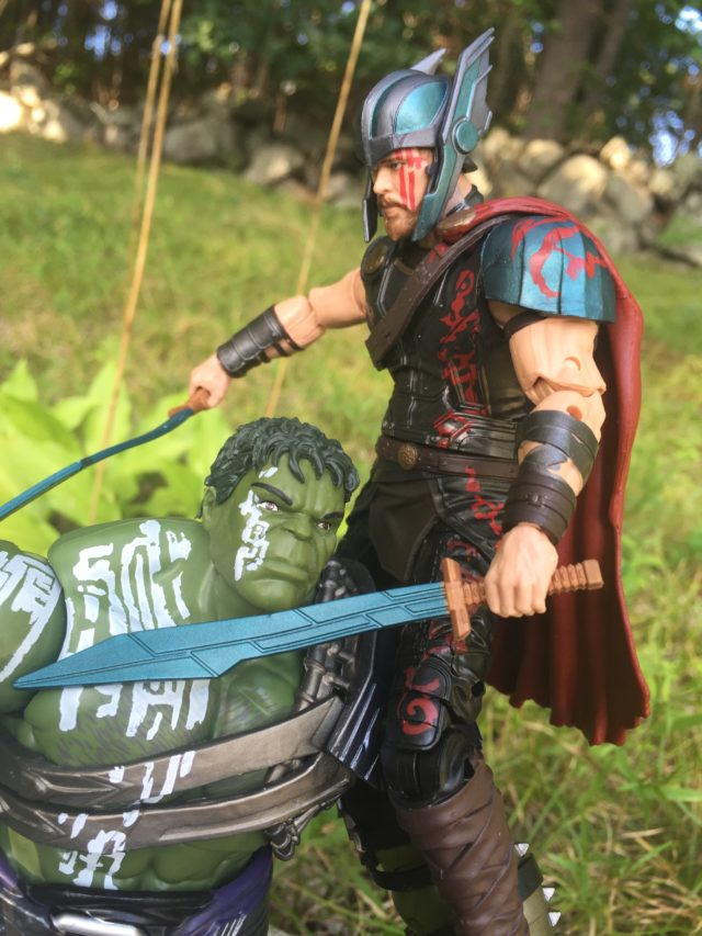 Gladiator Thor vs. Hulk Thor Ragnarok Action Figures