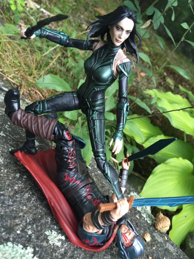 Thor Ragnarok Hela Kills Thor Marvel Legends Hasbro Toys