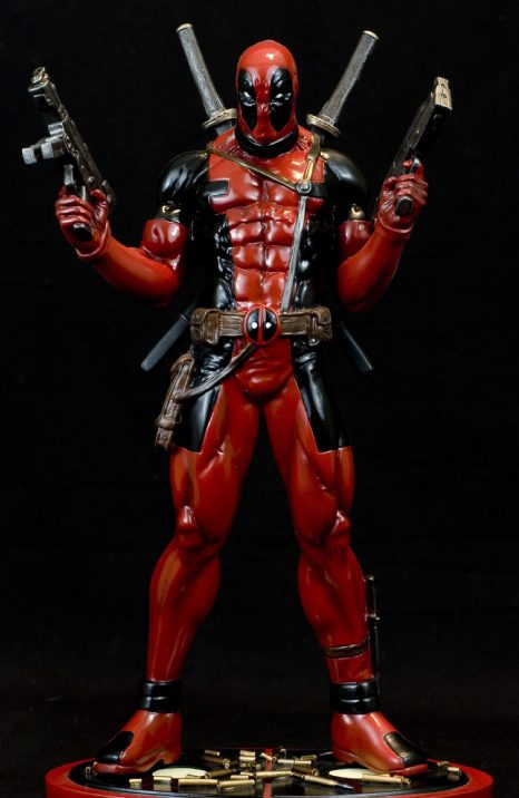 Bowen Designs Deadpool Statue Full-Size Erick Sosa