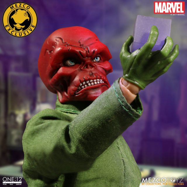 Fall 2017 Exclusive Mezco ONE 12 Collective Classic Red Skull Figure with Cosmic Cube
