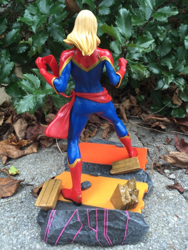 Back of Captain Marvel Marvel vs Capcom Infinite Statue