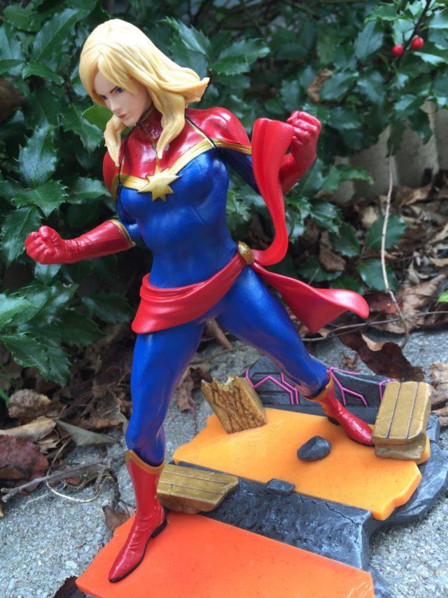 Side View Marvel vs Capcom Infinite Carol Danvers Statue