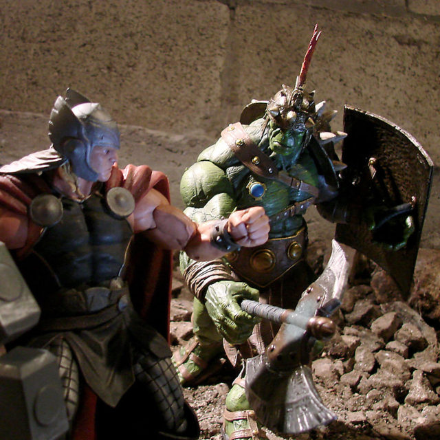 Planet Hulk Marvel Select Figure Vs Thor