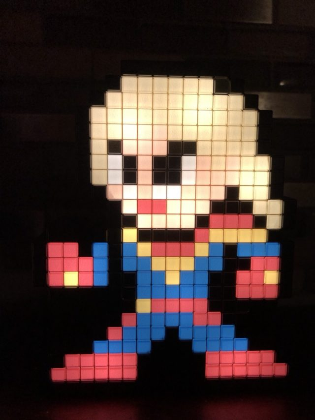 Captain Marvel Pixel Pal Figure