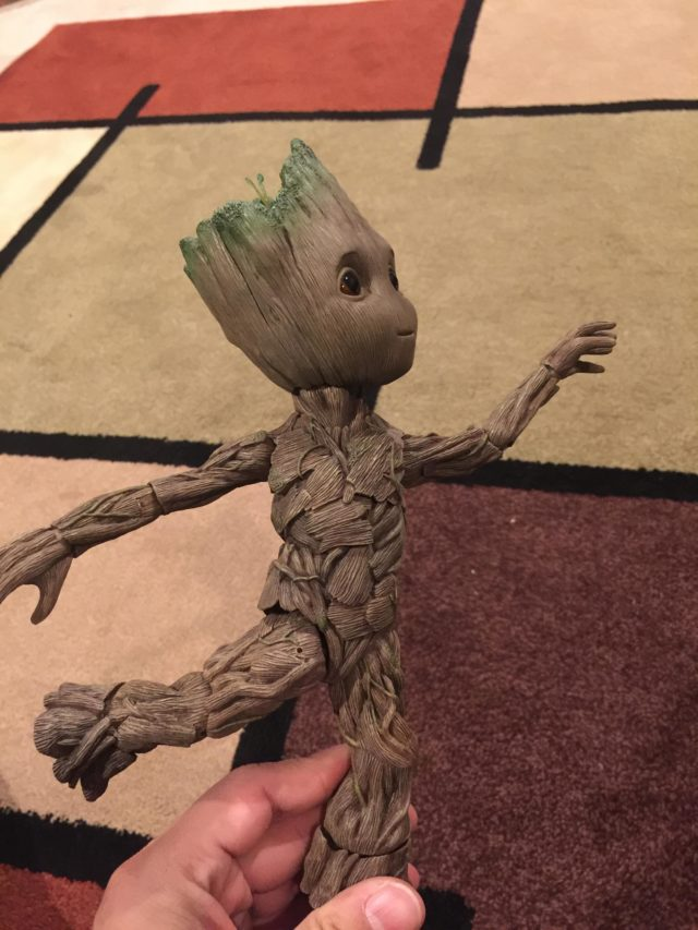 Articulation on Hot Toys Baby Groot Figure