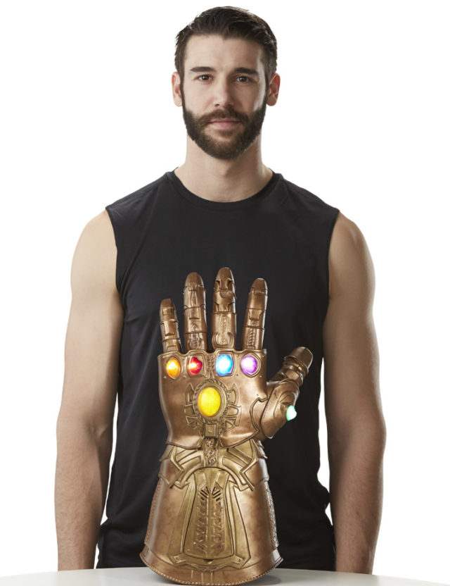 Marvel Legends Hasbro Life-Size Infinity Gauntlet Replica