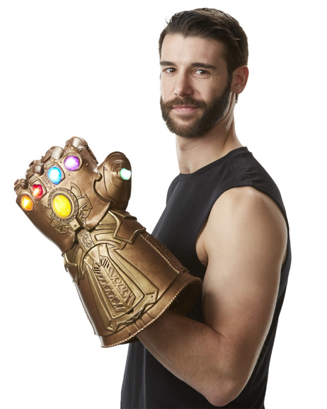 Marvel Legends Infinity Gauntlet Prop Replica Scale Photo
