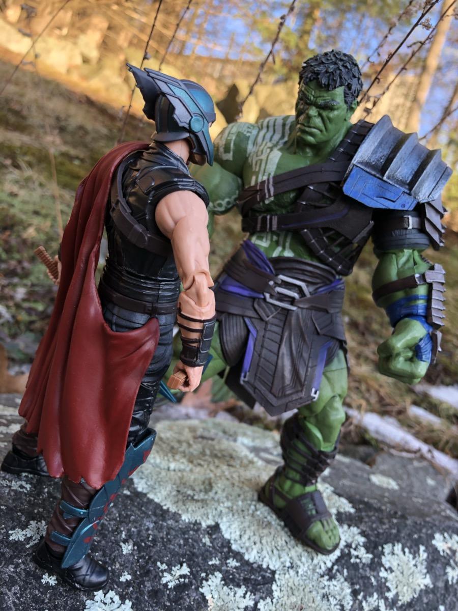 ~ Thor MOVIE VERSION Ragnarok Marvel Select ~ GLADIATOR HULK ACTION FIGURE