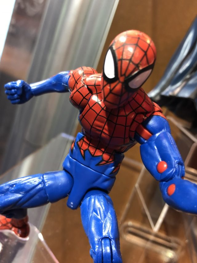 Close-Up of House of M Spider-Man Marvel Legends Figure 2018