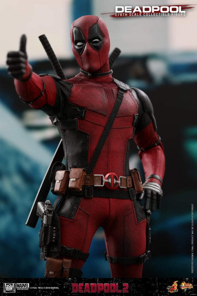 Deadpool 2 Hot Toys Figure Giving Thumbs Up