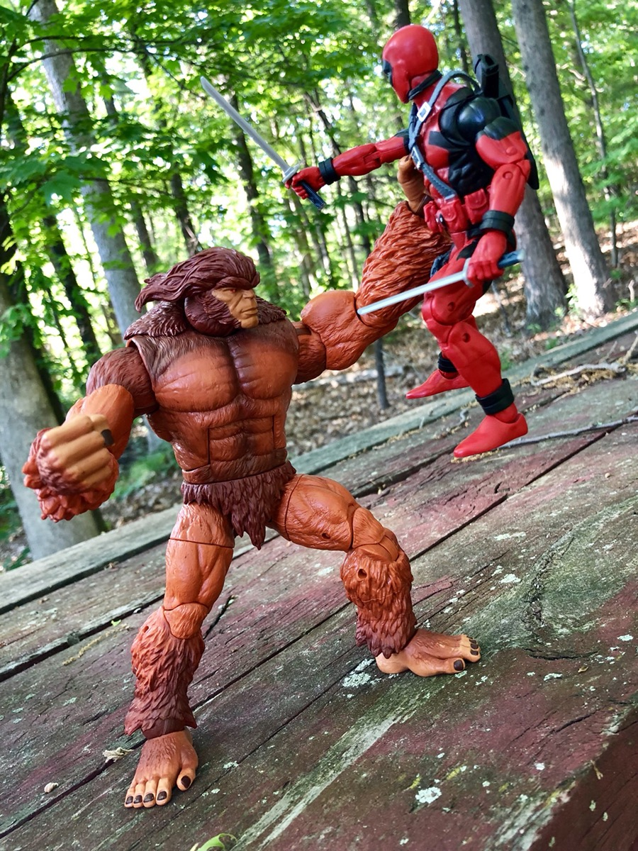 Marvel Legends Sasquatch Build A Figure BAF Right Arm Hasbro 2017 Deadpool Wave