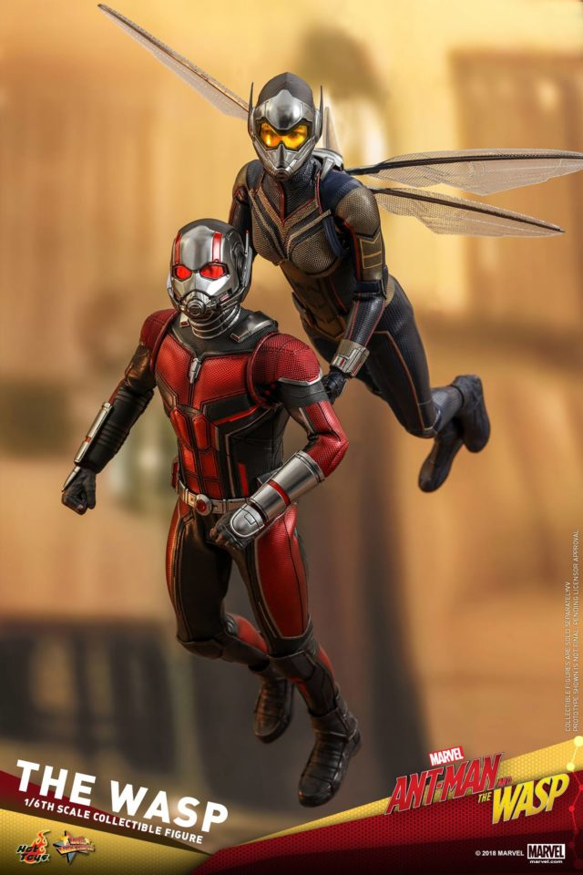 Hot Toys Wasp Figure Carrying Ant-Man MMS
