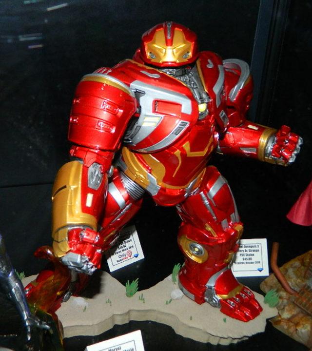 Marvel Gallery Hulkbuster Iron Man Statue Gamestop Exclusive