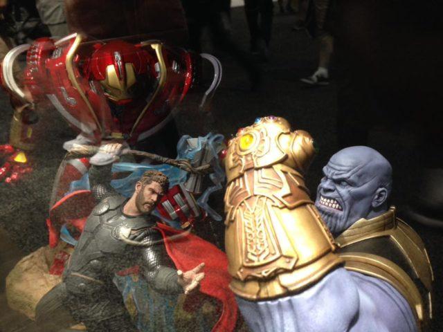 Marvel Milestones Thor and Thanos Statues SDCC 2018 Diamond Select Toys