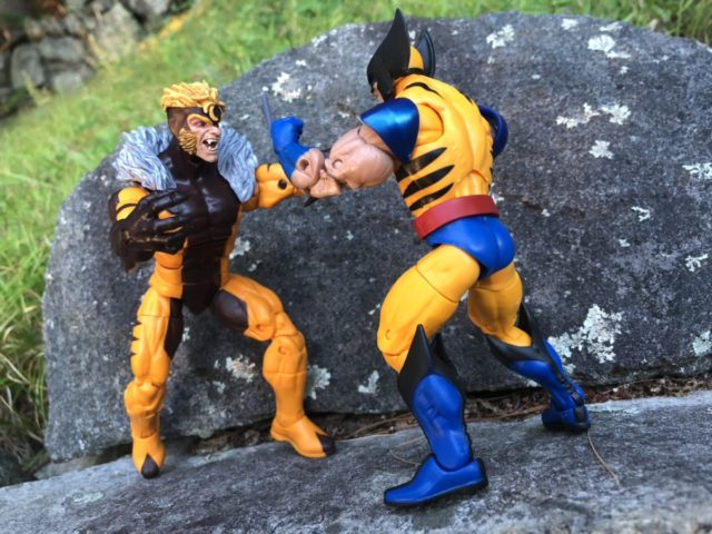 ML Sabertooth and Wolverine Figures Fight