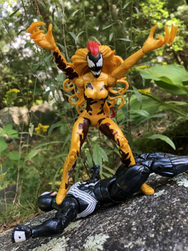 Female Venom Symbiote Scream Action Figure 2018 Marvel Legends