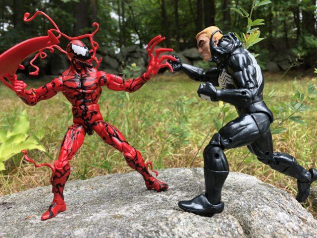 Hasbro Venom Marvel Legends Figure vs. Carnage