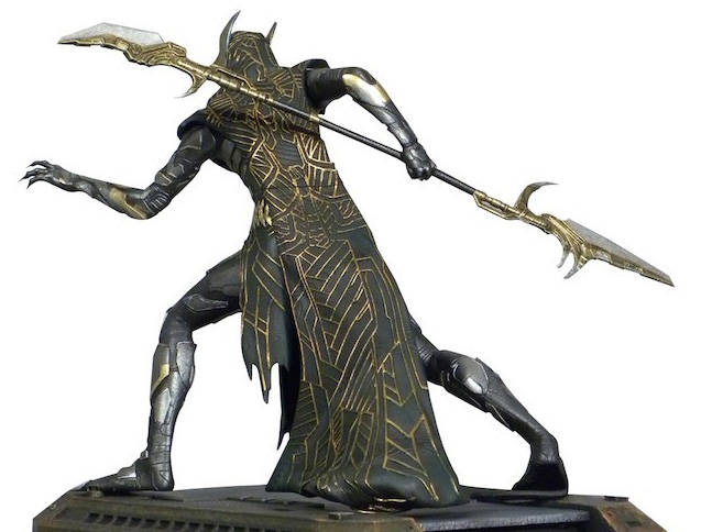 Corvus Glaive Figure DST Avengers Infinity War Gallery