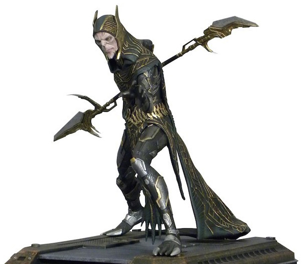 Diamond Select Toys Corvus Glaive Marvel Gallery PVC Statue
